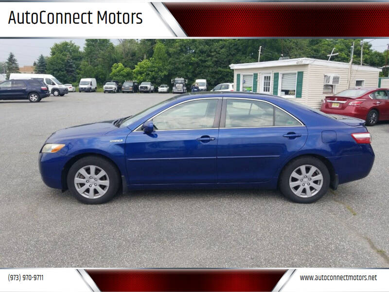 2007 Toyota Camry Hybrid for sale at AutoConnect Motors in Kenvil NJ