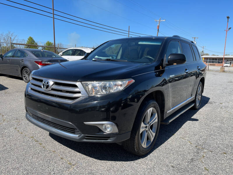 2013 Toyota Highlander for sale at Signal Imports INC in Spartanburg SC