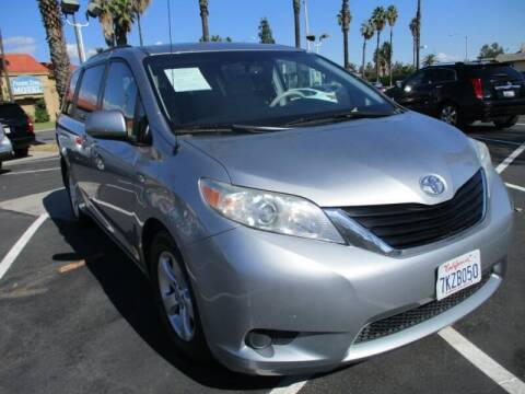 2013 Toyota Sienna for sale at F & A Car Sales Inc in Ontario CA