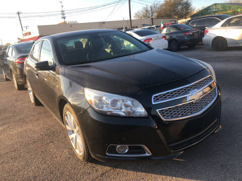 2013 Chevrolet Malibu for sale at Auto Access in Irving TX