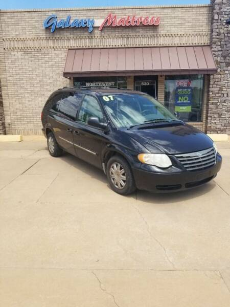 2007 Chrysler Town and Country for sale at NORTHWEST MOTORS in Enid OK