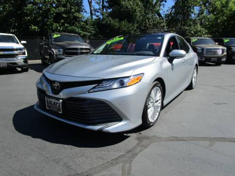 2018 Toyota Camry for sale at LULAY'S CAR CONNECTION in Salem OR