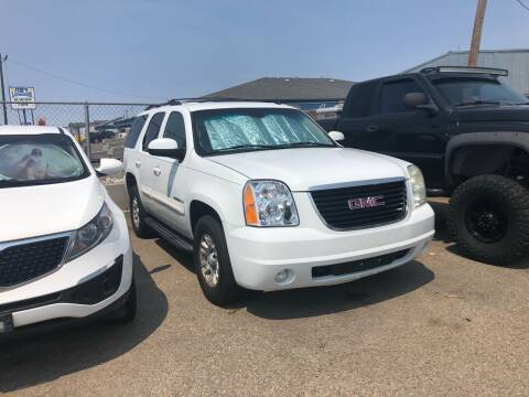 2007 GMC Yukon for sale at AFFORDABLY PRICED CARS LLC in Mountain Home ID