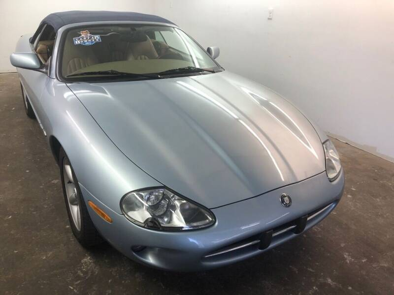 1997 Jaguar XK-Series XK8 2dr Convertible - Eastlake OH