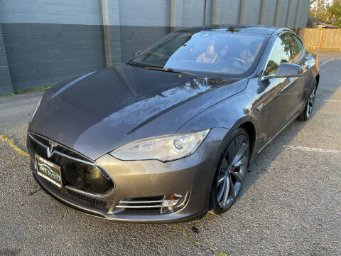 2014 Tesla Model S for sale at APX Auto Brokers in Lynnwood WA