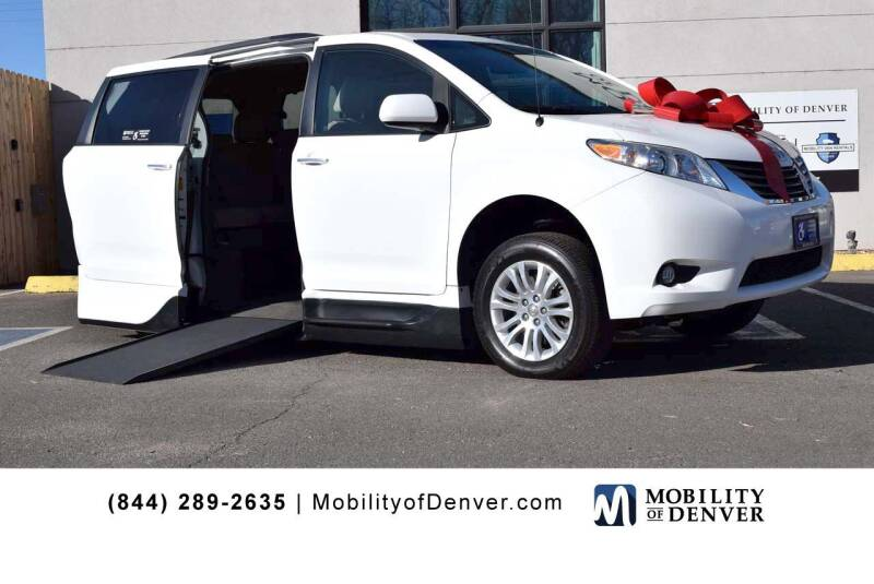 2014 Toyota Sienna for sale at CO Fleet & Mobility in Denver CO