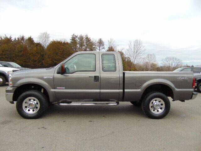 2007 Ford F-250 Super Duty for sale at E & M AUTO SALES in Locust Grove VA