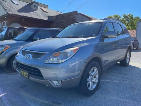 2011 Hyundai Veracruz for sale at Bobbys Used Cars in Charles Town WV