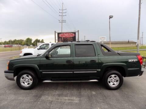 2004 Chevrolet Avalanche for sale at MYLENBUSCH AUTO SOURCE in O'Fallon MO