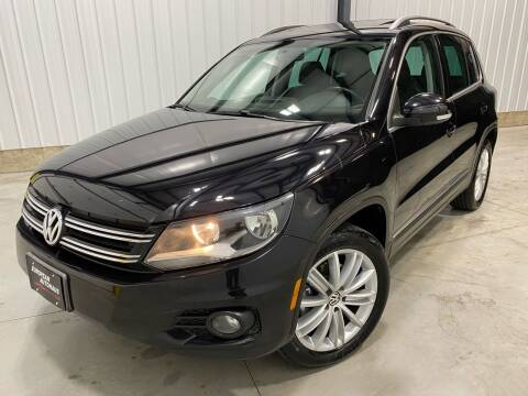2012 Volkswagen Tiguan for sale at EUROPEAN AUTOHAUS in Holland MI