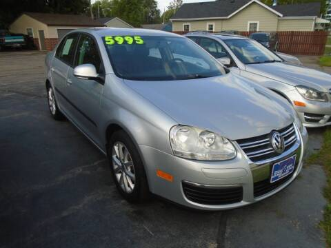 2010 Volkswagen Jetta for sale at DISCOVER AUTO SALES in Racine WI