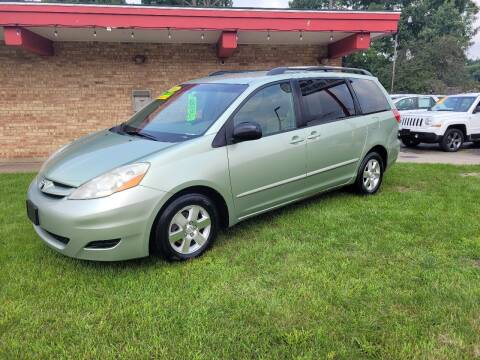 2008 Toyota Sienna for sale at Murdock Used Cars in Niles MI
