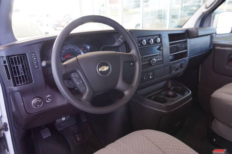 2015 Chevrolet Express Passenger LT 3500 3dr Extended Passenger Van w/1LT - Tulsa OK