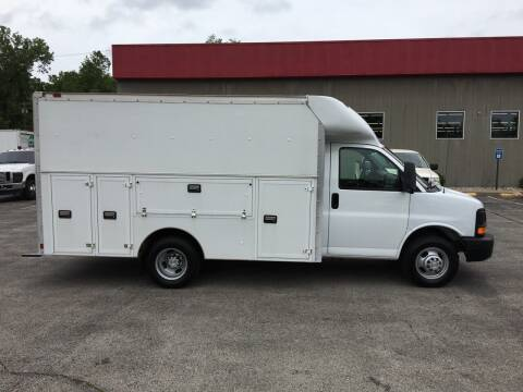2006 Chevrolet Express Cutaway for sale at Ramsey Motors in Riverside MO