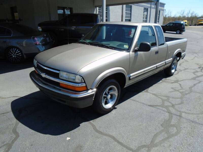 1998 Chevrolet S-10 for sale at PIEDMONT CUSTOM CONVERSIONS USED CARS in Danville VA