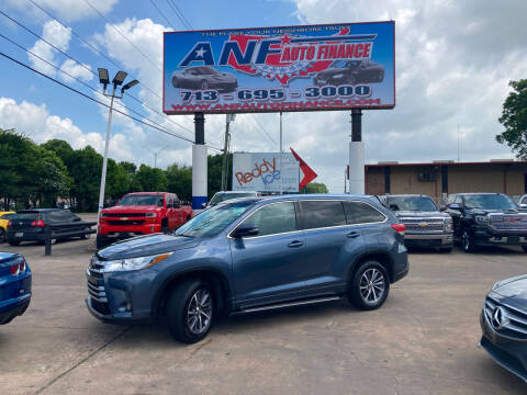 2018 Toyota Highlander for sale at ANF AUTO FINANCE in Houston TX