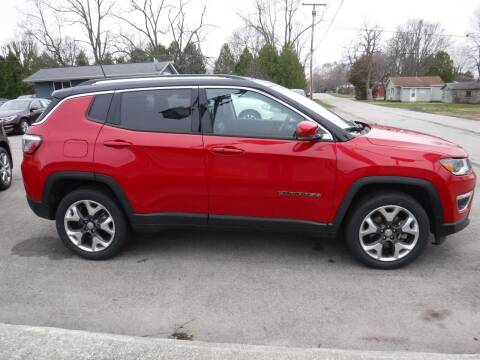 2018 Jeep Compass for sale at Dave's Car Corner in Hartford City IN