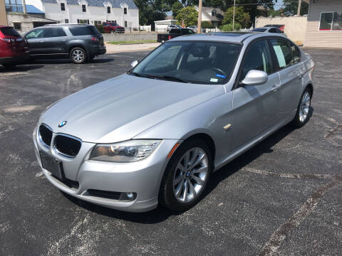 2011 BMW 3 Series for sale at RT Auto Center in Quincy IL