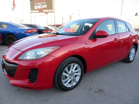 2013 Mazda MAZDA3 for sale at Moving Rides in El Paso TX