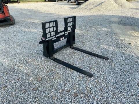 "2021 Stout Walk Through 48"" Pallet Forks for sale at Ken's Auto Sales & Repairs in New Bloomfield MO"