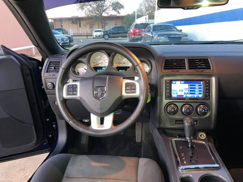 2013 Dodge Challenger R/T 2dr Coupe - Houston TX