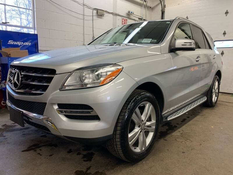 2015 Mercedes-Benz M-Class for sale at Auto Warehouse in Poughkeepsie NY