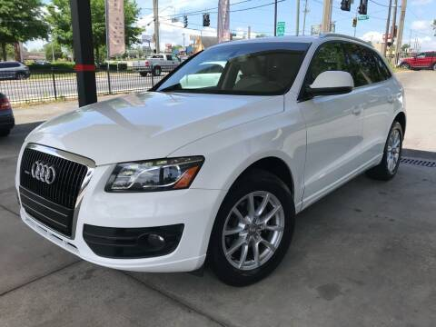 2010 Audi Q5 for sale at Michael's Imports in Tallahassee FL
