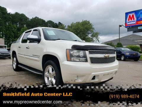 2008 Chevrolet Avalanche for sale at Smithfield Auto Center LLC in Smithfield NC