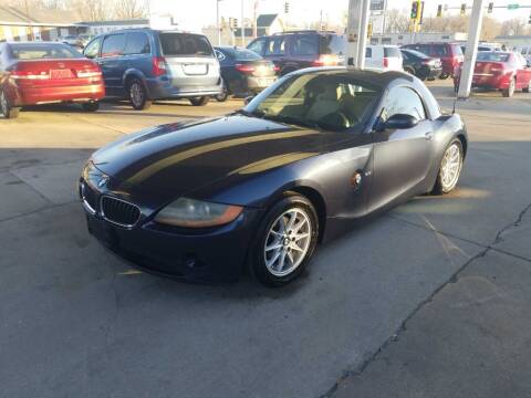 2004 BMW Z4 for sale at Springfield Select Autos in Springfield IL