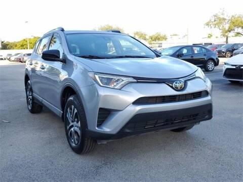 2017 Toyota RAV4 for sale at Selecauto LLC in Miami FL