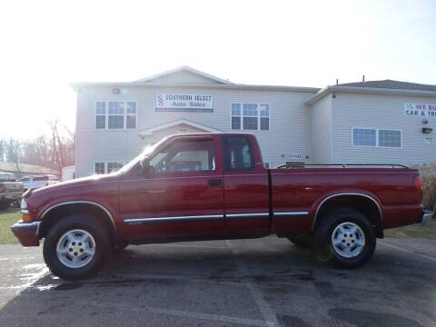 2001 Chevrolet S-10 for sale at SOUTHERN SELECT AUTO SALES in Medina OH