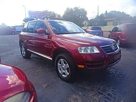 2005 Volkswagen Touareg for sale at DONNY MILLS AUTO SALES in Largo FL