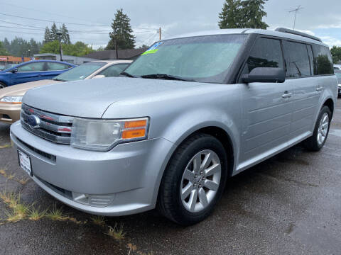 2009 Ford Flex for sale at Universal Auto Inc in Salem OR
