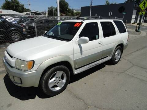 2001 Infiniti QX4 for sale at Gridley Auto Wholesale in Gridley CA