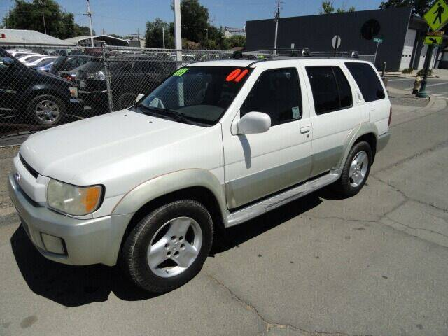2001 Infiniti QX4 for sale in Gridley, CA