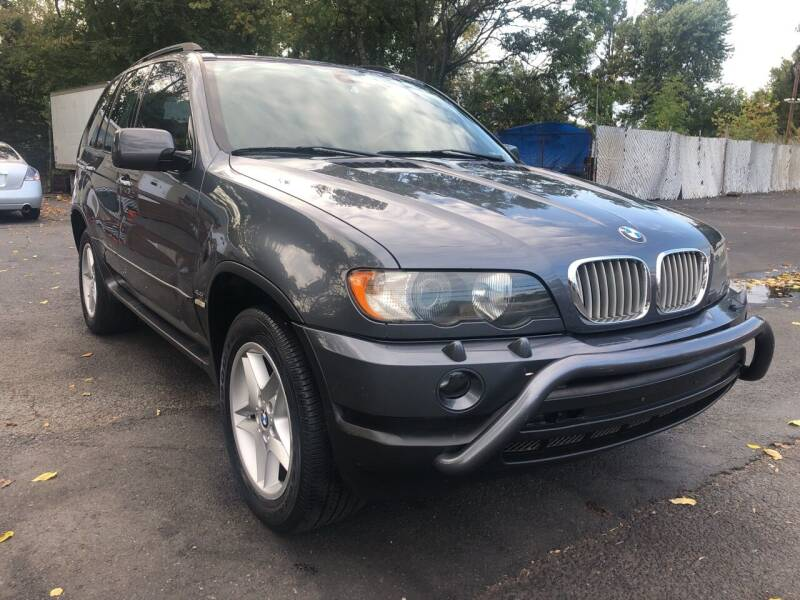 2002 BMW X5 for sale at PARK AVENUE AUTOS in Collingswood NJ
