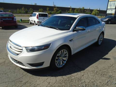 2015 Ford Taurus for sale at H & R AUTO SALES in Conway AR