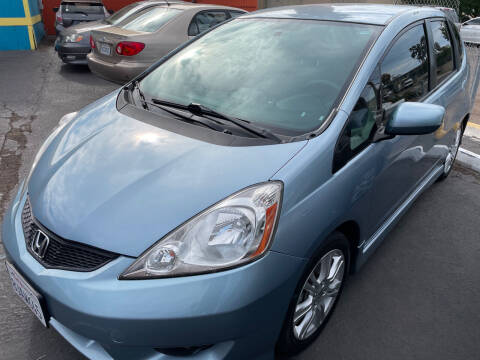 2011 Honda Fit for sale at CARZ in San Diego CA