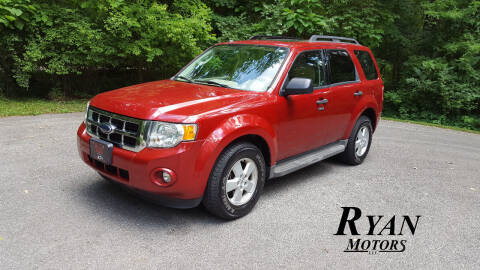 2009 Ford Escape for sale at Ryan Motors LLC in Warsaw IN