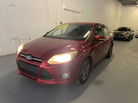 2014 Ford Focus for sale at Lamberti Auto Collection in Plantation FL