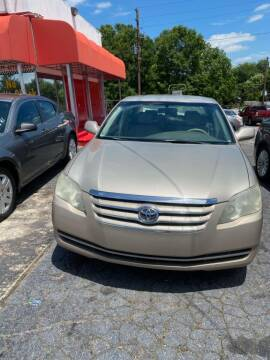 2007 Toyota Avalon for sale at LAKE CITY AUTO SALES in Forest Park GA