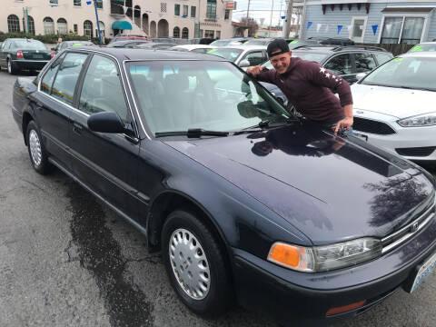 1992 Honda Accord for sale at American Dream Motors in Everett WA