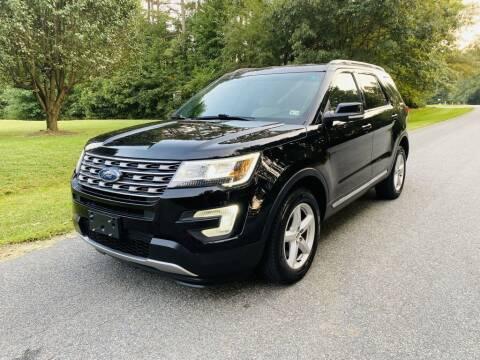 2017 Ford Explorer for sale at H&C Auto in Oilville VA