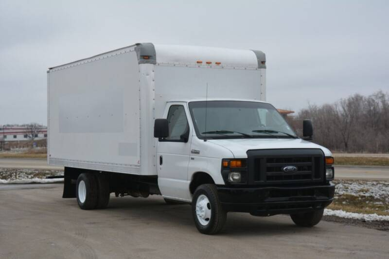 2013 Ford E-350 for sale at Mountain Truck Center in Medley WV