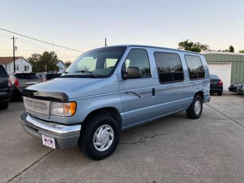 2000 Ford E-Series Cargo for sale at Victoria Pre-Owned in Victoria TX