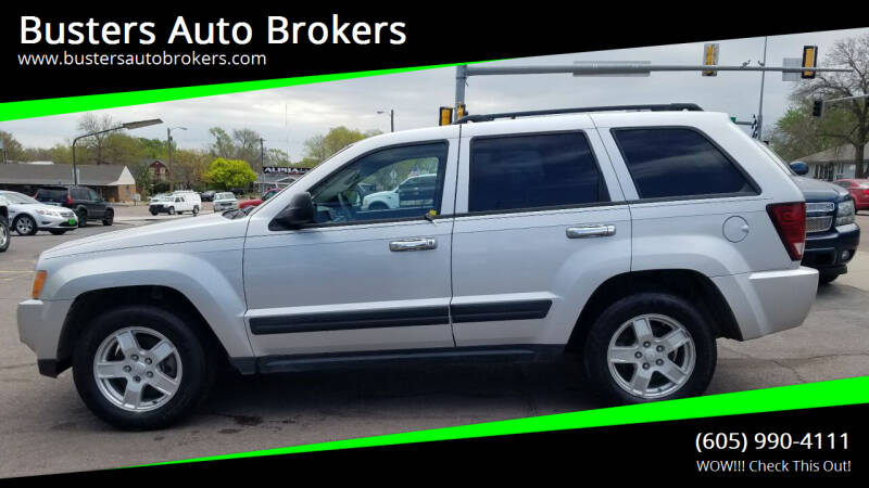 2005 Jeep Grand Cherokee for sale at Busters Auto Brokers in Mitchell SD
