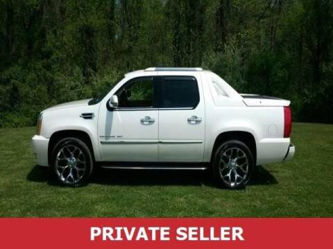 2011 Cadillac Escalade EXT for sale at US 24 Auto Group in Redford MI