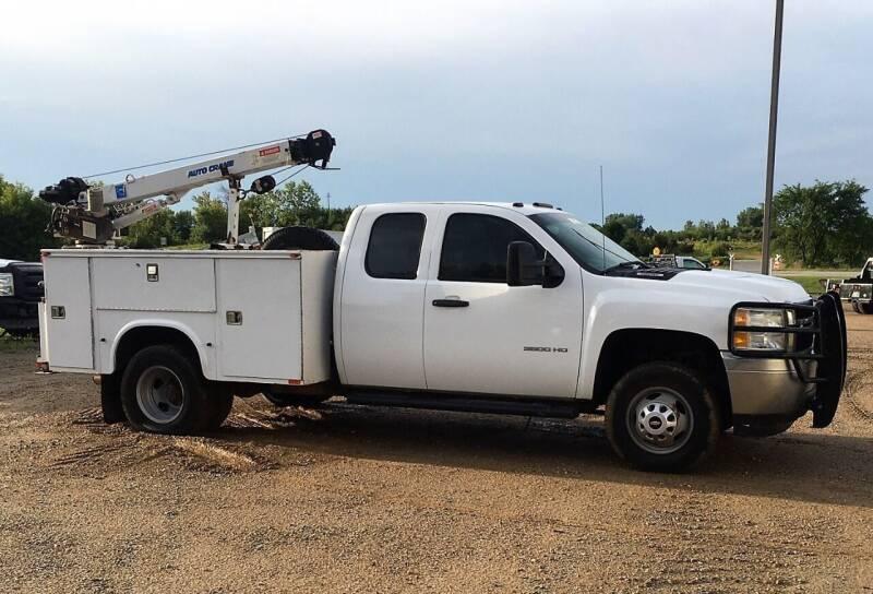 2013 Chevrolet Silverado 3500HD CC for sale at KA Commercial Trucks, LLC in Dassel MN