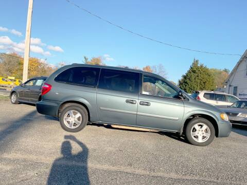 2005 Dodge Grand Caravan for sale at New Wave Auto of Vineland in Vineland NJ