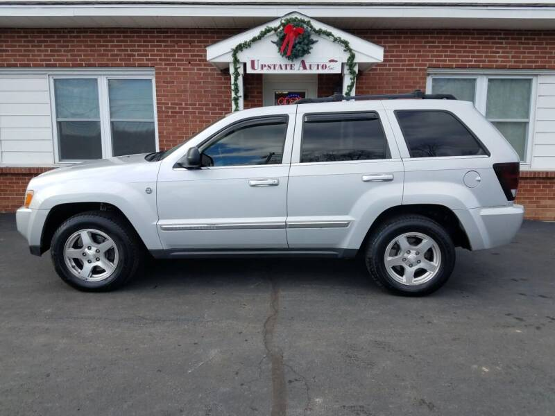 2005 Jeep Grand Cherokee for sale at UPSTATE AUTO INC in Germantown NY